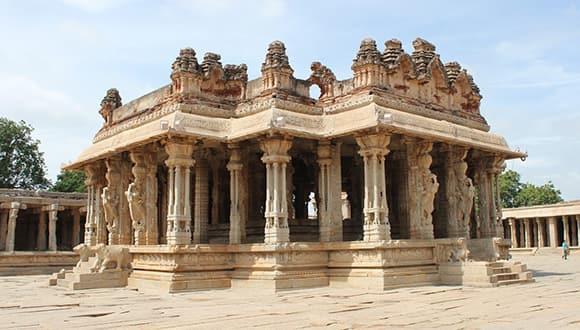 Kannada temple